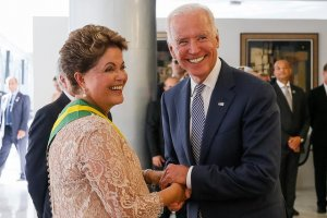 President Dilma with Vice-President Biden (Blog do Planalto / Creative Commons)